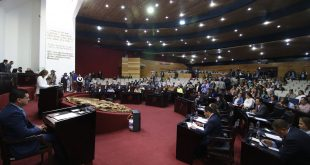 "Congreso ""invita"" a Sosa a aclarar situación de UAEH"