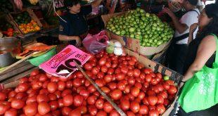 Suben precios 0.85% en noviembre