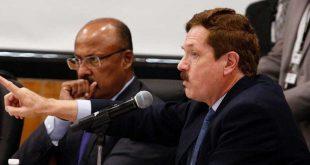 Legisladores de oposición califican como 'ocurrencias' al plan antihuachicol