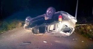 Muere un hombre tras volcadura en Acaxochitlán