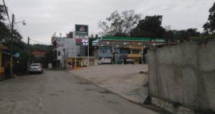 Sorprende a transportistas de la Huasteca incremento en precio de gasolina