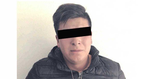 Detienen a un hombre por quitarle el celular a un menor en Pachuca