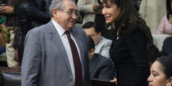 """Pide Raúl Baptista que comunicación con gobierno sea """"de allá para acá"""""""