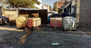 Decomisan dos vehículos abandonados con huachicol en Tepeji del Río