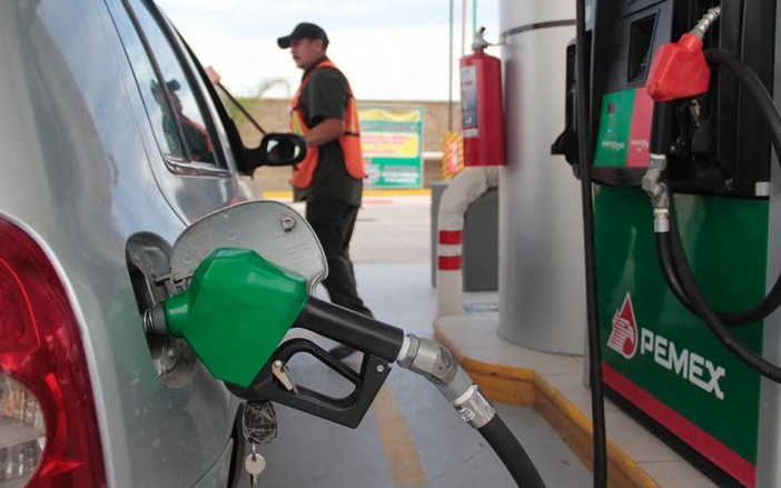 Profeco exhibe a gasolinera que más roba en el país