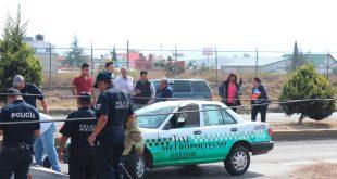 Choca taxi en Pachuca por supuesto exceso de velocidad