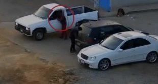 Así detuvieron a dos desvalijadores de autos en Tulancingo