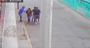 A golpes asaltaron a una pareja en Edomex (VIDEO)