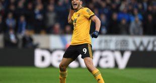 Disfruta Jiménez el éxito en Inglaterra
