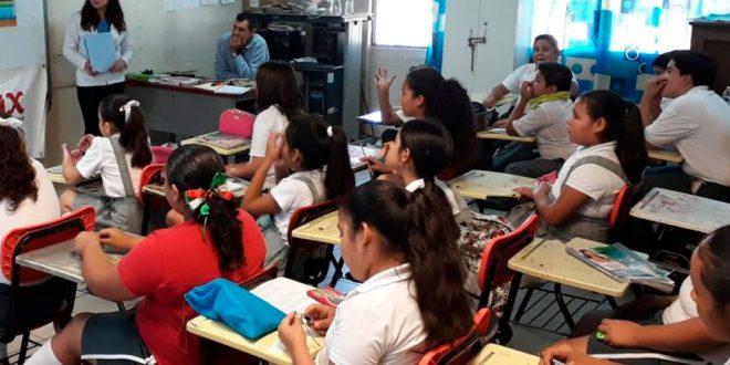 Darán beca a niños que estudien primaria y secundaria
