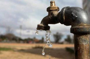 Agua llega una vez al mes en San Agustín Tlaxiaca
