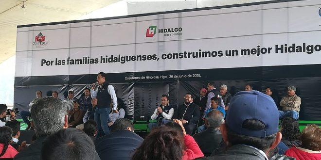 En Cuautepec, Fayad pide denunciar a los huachicoleros