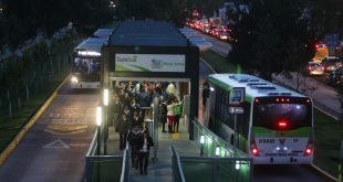 Busca Semot detener disminución de parque vehicular del Tuzobús